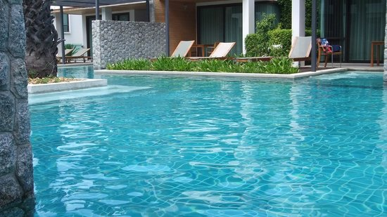 Sea Pearl Villas Resort: pool access