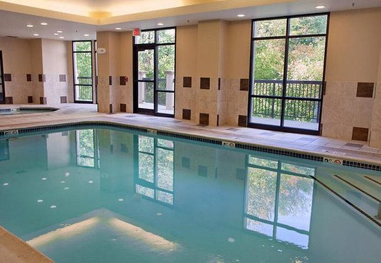 Natick, MA: Indoor Pool