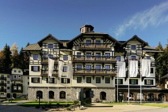 Spindleruv Mlyn, Czech Republic: hotel Savoy outside