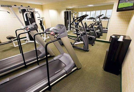 Courtyard by Marriott Peoria: Fitness Room