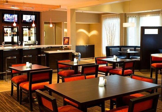 Courtyard by Marriott Fort Collins: The Bistro