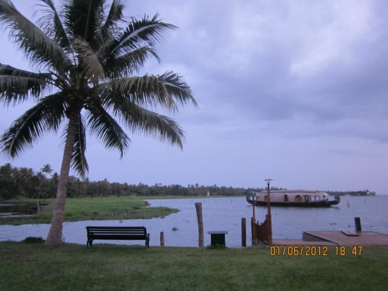 Kumarakom Lake Resort: view from resort..