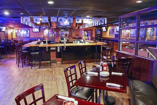 Mahwah, NJ: New York Steakhouse Bar