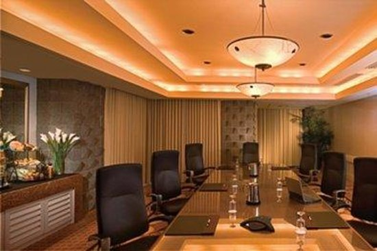 DoubleTree Resort by Hilton Paradise Valley - Scottsdale: Executive Boardroom