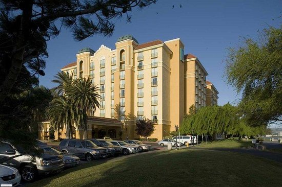 Embassy Suites Hotel San Francisco Airport (SFO) - Waterfront: Welcome to Burlingame