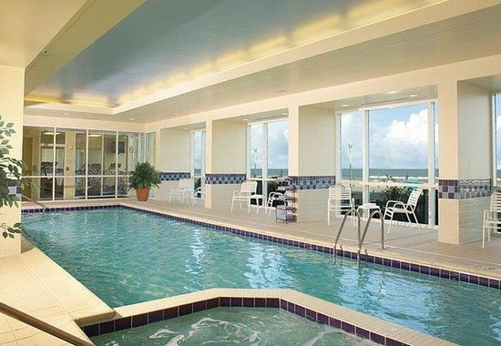 Fairfield Inn & Suites Virginia Beach Oceanfront : Indoor Pool