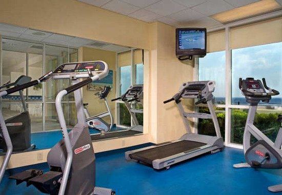 Fairfield Inn & Suites Virginia Beach Oceanfront : Fitness Center