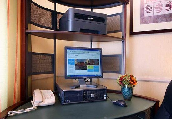 Fairfield Inn Chicago Gurnee : Business Center