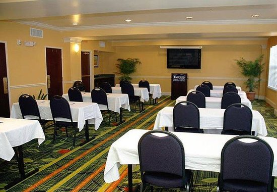 Fairfield Inn Kansas City Downtown / Union Hill: Meeting Room