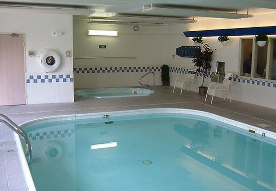 Fairfield Inn & Suites Billings : Indoor Pool