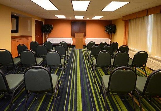 Fairfield Inn & Suites Hopewell: Meeting Room