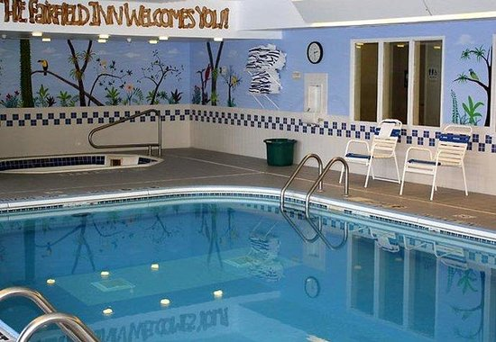 Fairfield Inn Duluth: Indoor Pool & Hot Tub