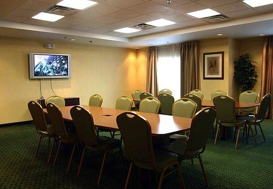 Fairfield Inn & Suites Roanoke North: Conference Room
