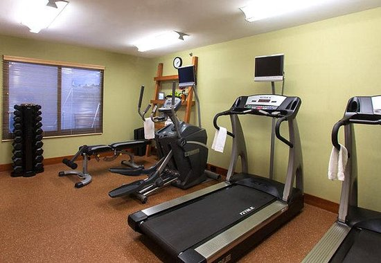 Webster, -: Fitness Center