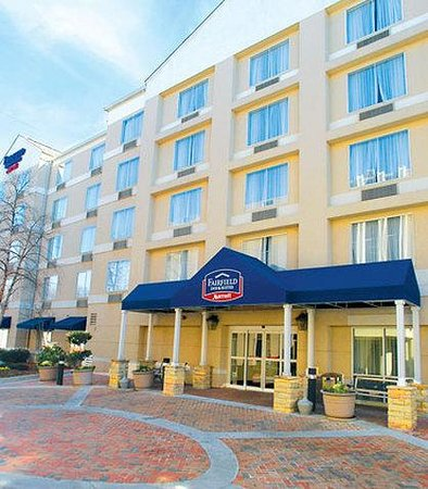 Fairfield Inn & Suites Atlanta Buckhead: Exterior