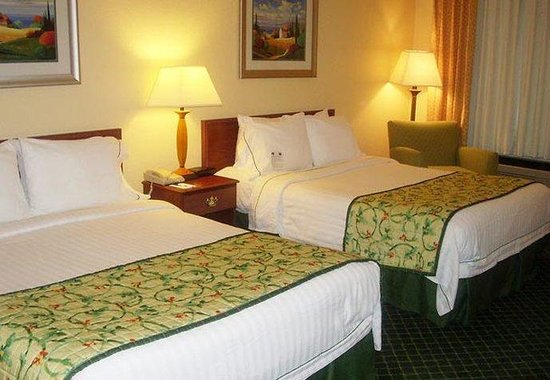Fairfield Inn & Suites Dallas DFW Airport North / Grapevine: Queen/Queen Guest Room