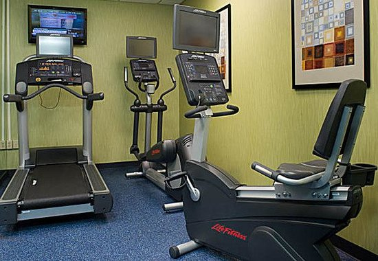 Fairfield Inn &amp; Suites Lancaster: Fitness Center