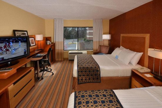 Fairfield Inn & Suites Charlottesville North: GuestRoomDouble