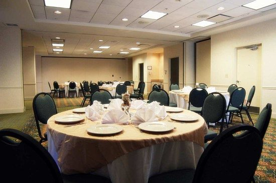 Hilton Garden Inn Charlotte Pineville: Reception