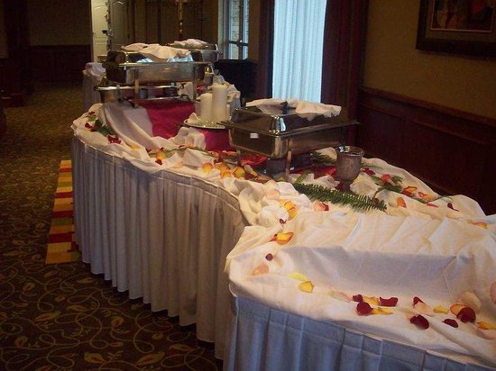Hilton Garden Inn Atlanta NW / Kennesaw Town Center: Weddings