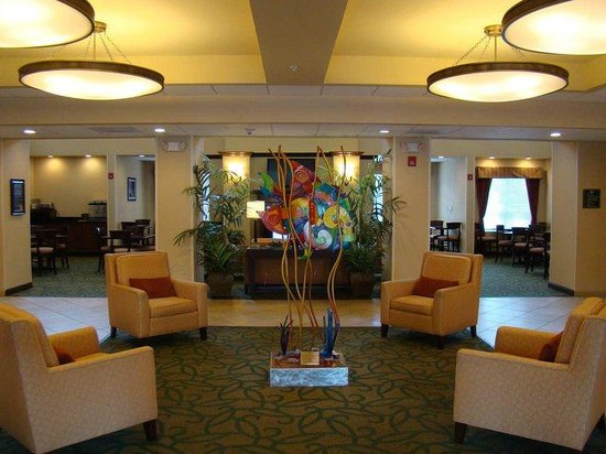 Homewood Suites Tampa Brandon: Lobby Area