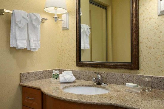Solon, OH: Suite Sink