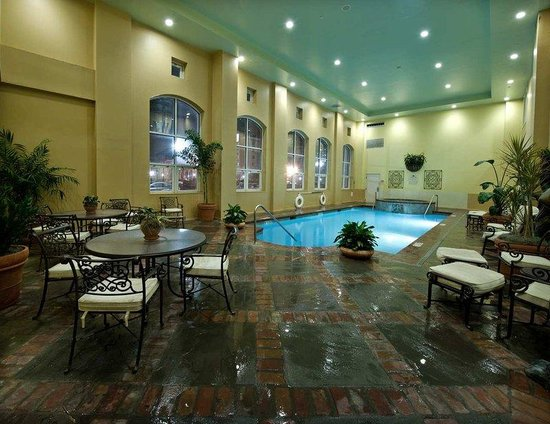Homewood Suites New Orleans:  Indoor Pool