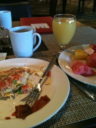 DoubleTree by Hilton Los Angeles Westside: Breakfast - best omelets ever!