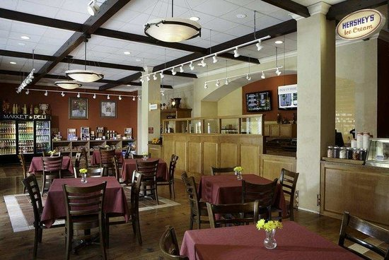 Hilton Grand Vacations Suites on International Drive: Fresco Deli