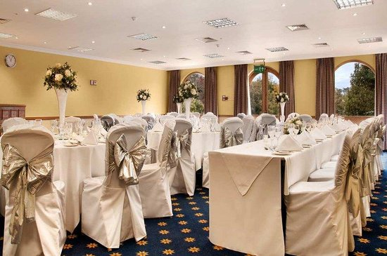 Hilton Cobham : St Georges Meeting Room