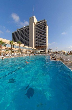 Hilton Tel Aviv: Outdoor Swimming Pool