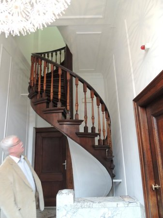 Hotel Keizershof: Spiral stairwell