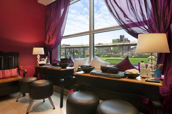 Hilton Glasgow: The Ocean Rooms Nail Boutique