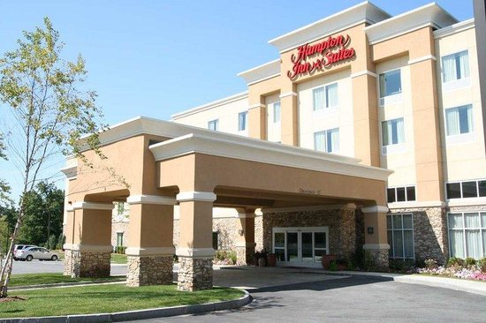 Hampton Inn & Suites Westford - Chelmsford: Welcome to the Hampton Inn & Suites Westford-Chelmsford, MA