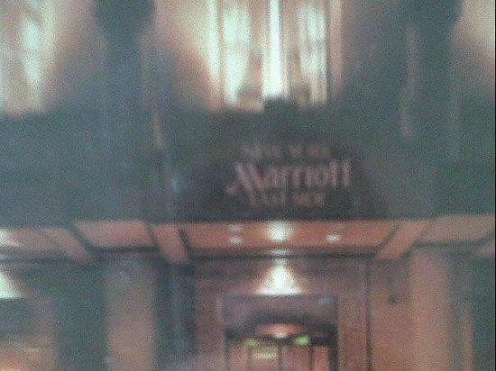 New York Marriott East Side : frente.