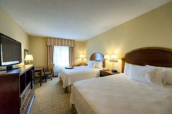 Hampton Inn Vicksburg: Two Queen Bed Standard Room