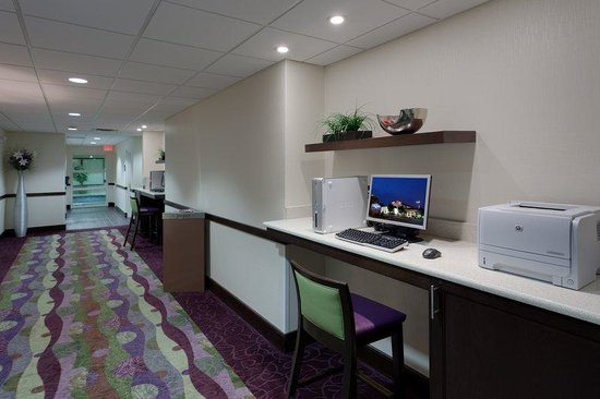 Hampton Inn Dumfries/Quantico: Dumfries Business Center