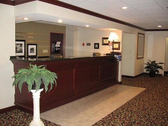 Baymont Inn and Suites Greenville-Haywood: Hotel Pictures