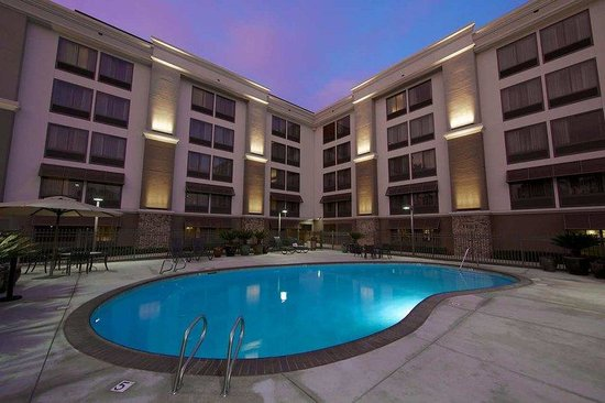Hampton Inn San Diego - Kearny Mesa: Outdoor Pool