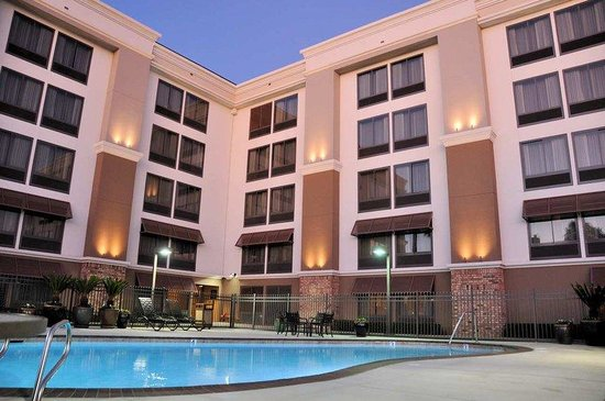 Hampton Inn San Diego - Kearny Mesa : Outdoor Pool