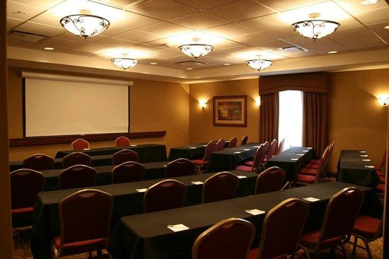 Hampton Inn &amp; Suites Grove City: Meeting Room.