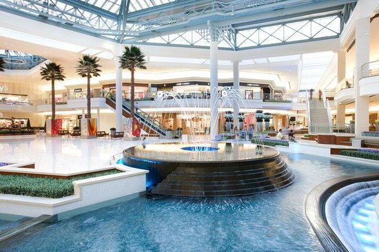 Juno Beach, FL: Gardens Mall