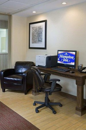 Hampton Inn Lubbock: Business Center
