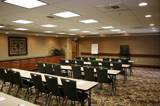 Hampton Inn &amp; Suites Temecula: Tuscany Meeting Room