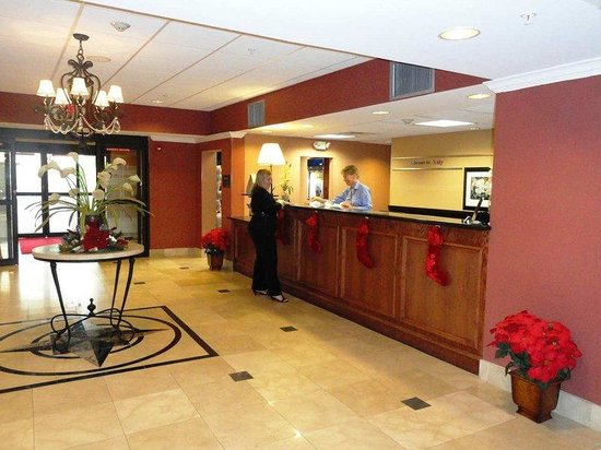 Hampton Inn & Suites Houston-Katy: Friendly Front Desk Staff