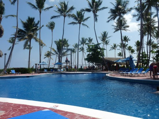 Barcelo Dominican Beach: piscine