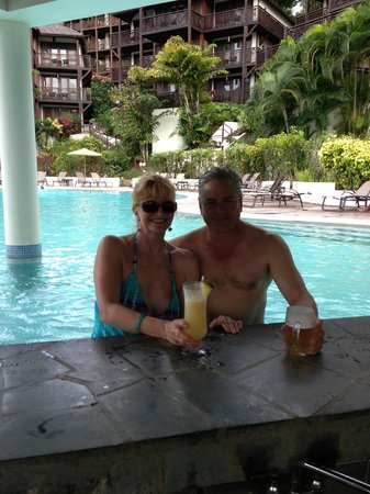 Discovery at Marigot Bay: At the swim-up pool bar