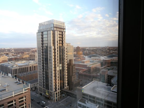Hilton Minneapolis: View from the 21st floor