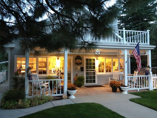 Prescott Pines Inn Bed and Breakfast: Welcome to Prescott Pines Inn