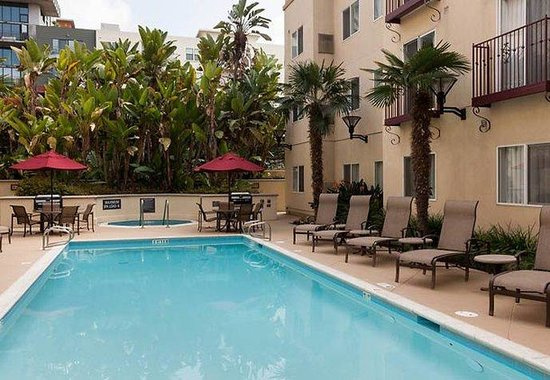 Residence Inn San Diego Downtown: Outdoor Pool
